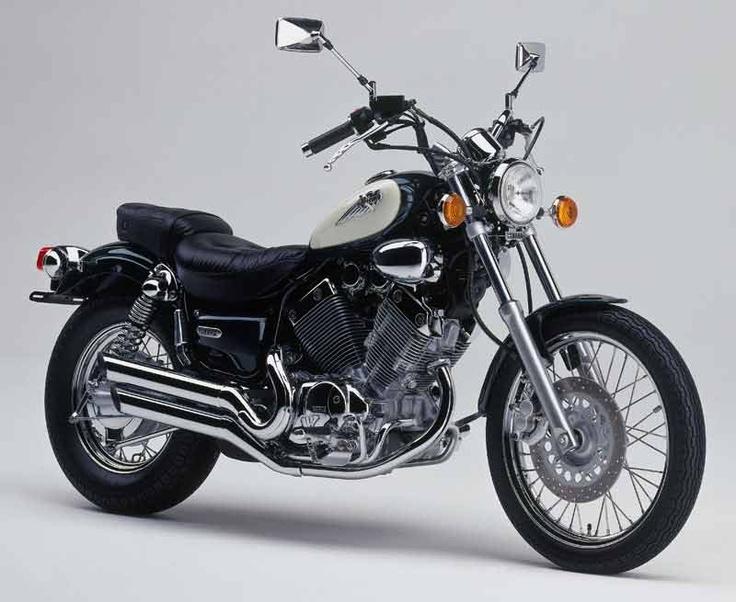Yamaha Virago motorcycle - looks very similar to my old bike :)
