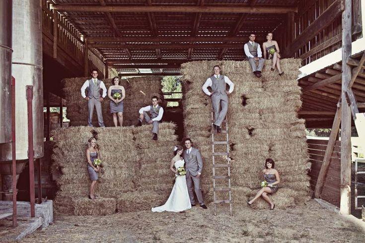 country wedding.: Photo Ideas, Wedding Parties Pics, Future, Country Wedding, Wedding Parties Pictures, Bridal Parties Photo, Hay Bale, Wedding Pictures, Group Photo