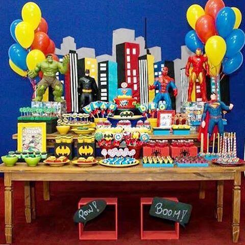Festa Super Heróis muito bacana e colorida por @nath_toledo  #kikidsparty