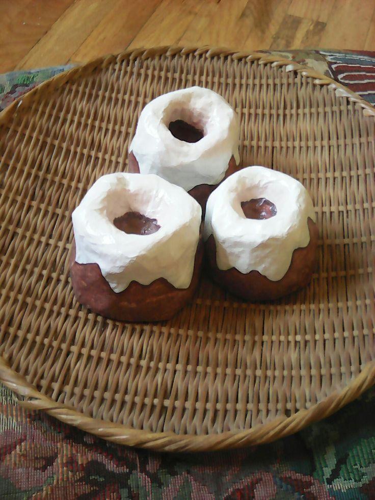 Sweetrolls (mashed paper)