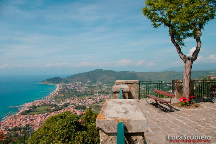 hiking the hills of #Castellabate in Salerno Italy(foto Luca Scudiero)