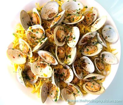 Linguine with Clams and Lemony Breadcrumbs