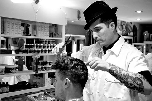 1000 images about barber shops on pinterest straight razor shave barber shop vintage. Black Bedroom Furniture Sets. Home Design Ideas