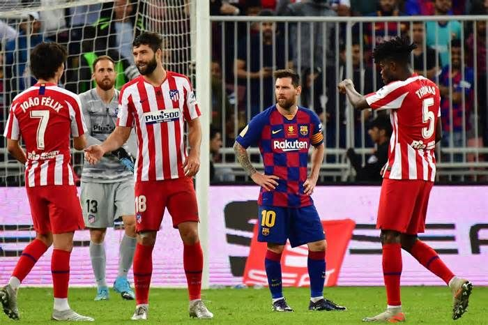 Latest News For Atletico Madrid Stun Barcelona With 32 Supercopa Win To Set Up Derby Final Vs Real Madrid In 2020 With Images Atletico Madrid Lionel Messi Messi