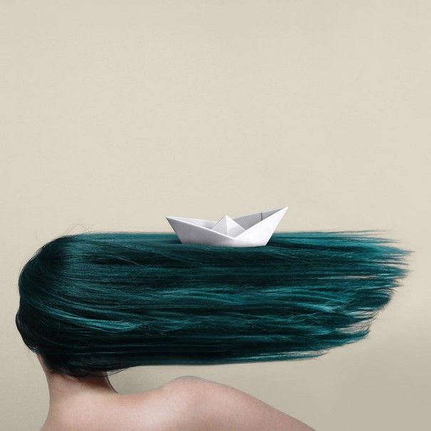Artist Uses Everyday Objects To Create Powerful Arrangements In An Ode To Turquoise | Bored Panda