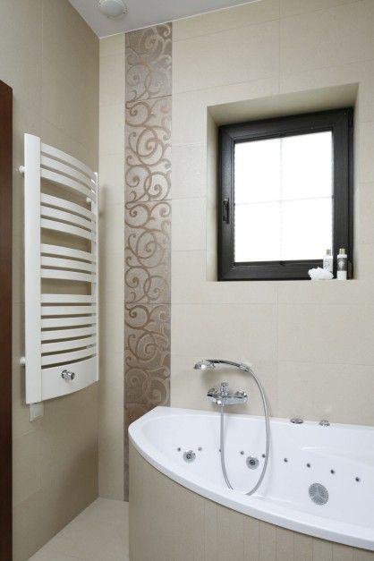 Beżowa łazienka w stylu glamour  - zdjęcie numer 5