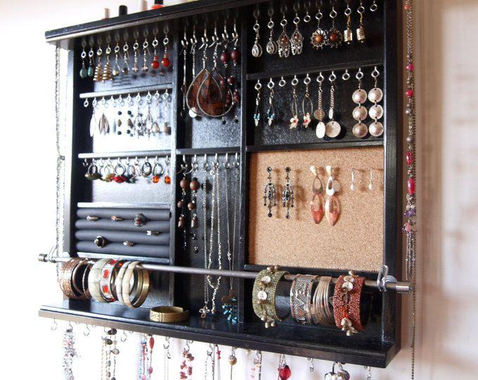 Porta gioielli. Grandi orecchini espositore. deposito di gioielli. supporto da parete orecchino montato. Portagioie nero. deposito di orecchini.