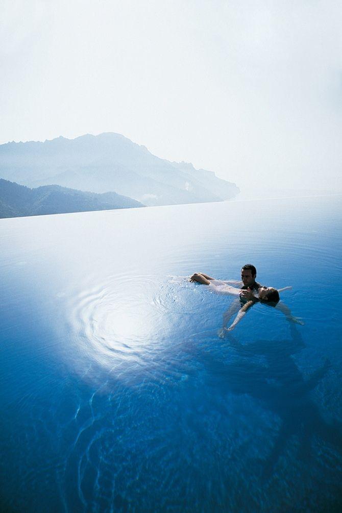 The most beautiful pools in the world | Tempo da Delicadeza