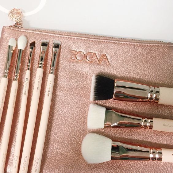 Zoeva 8 Pieces Rose Golden Complete Eye Set Eyeshadow Eyeliner Blending Pencil Makeup Brushes With Case