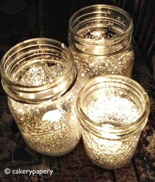 Glittered Mason Jar Christmas Lamp Use silver glitter dust and glue all around the inner area of the jar. Would you not love this one?
