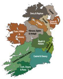 """Die Church of Ireland (""""Kirche Irlands"""", irisch: Eaglais na hÉireann, Aussprache: /ˈagləʃ nə ˈheːrʲən/) ist eine Mitgliedskirche der Anglikanischen Gemeinschaft. Sie zählt etwa 390.000 Gläubige – also wesentlich weniger als die katholische Kirche in Irland –, von denen rund zwei Drittel in Nordirland leben."""