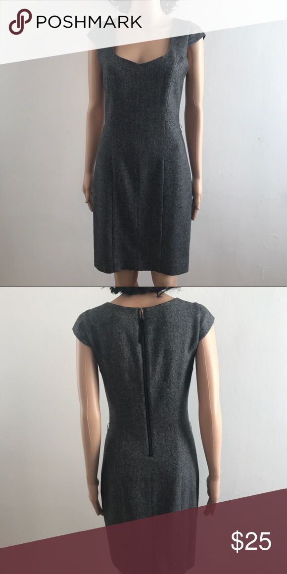 A/X Armani Exchange Dress Beautiful A/X Armani Exchange Dress. Can be worn for business attire and can also be dressed down as a casual day outfit. A/X Armani Exchange Dresses Midi