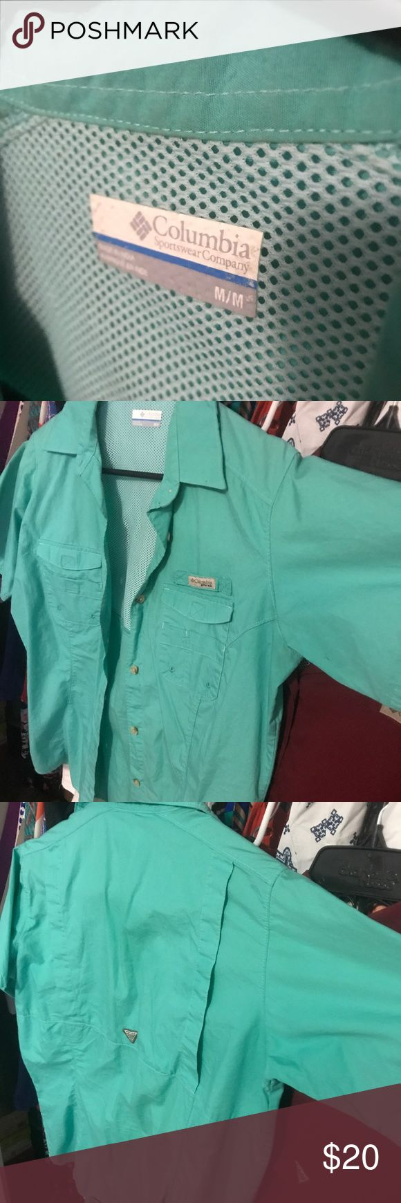 Teal Columbia PFG shirt Size medium, worn twice Columbia Tops Button Down Shirts