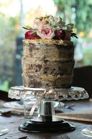 Fresh Flower Cake topper for a naked cake