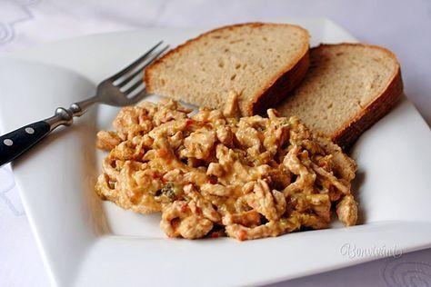 Recept je to veľmi jednoduchý, minútka. Niekto toto jedlo volá aj Fraštacká pochúťka. Zajedá sa chlebíkom a zapíja pivom, alebo vínom. Nikdy sa ho nerobí veľa. Vždy len jednotlivá, pre každého čerstvá porcia, ktorá sa ihneď konzumuje. Rozpis je na dve porcie.