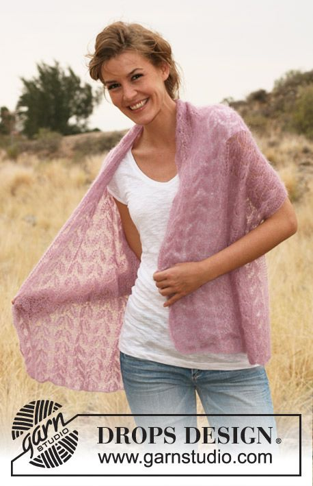 "DROPS 127-39 - Knitted DROPS shawl with lace pattern in ""Kid-Silk"". - Free pattern by DROPS Design"