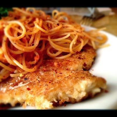 A Foodie's Recipe Blog: Cheesecake Factory Copycat Crusted Chicken Romano