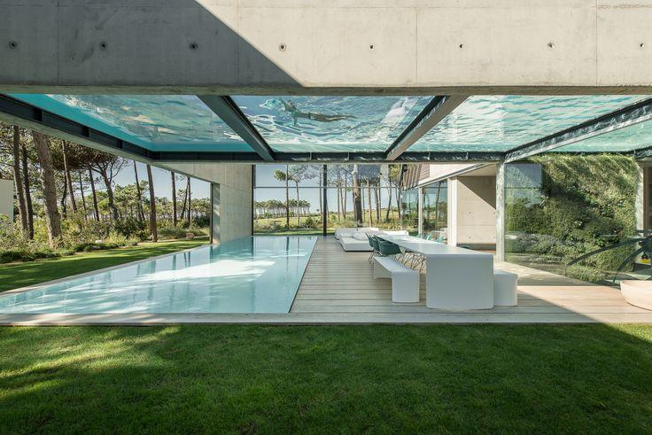 Architectural Photographers: Ricardo Oliveira Alves,The Wall House / Guedes Cruz Arquitectos. Image © Ricardo Oliveira Alves