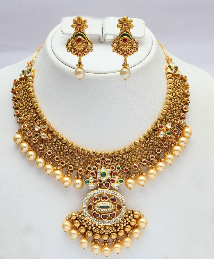 Gold & pearl Indian bridal set. Vummidi Bangaru Jewellers