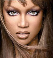 Tyra Banks- my favorite model EVER!♡