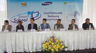 20140222-samsung-smart-school-piura-itusers.jpg