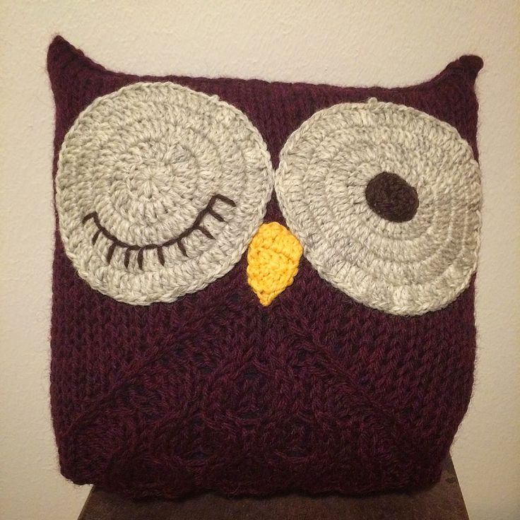 Peek-a-boo, guess hoo? My knitted (and crocheted) owl