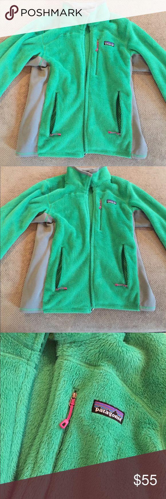 Patagonia green zip up fleece size M Patagonia green zip up fleece size M Patagonia Jackets & Coats