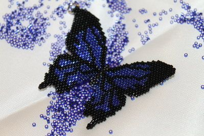 Ciondolo Farfalla Peyote Fatto a Mano - Handmade Peyote Butterfly