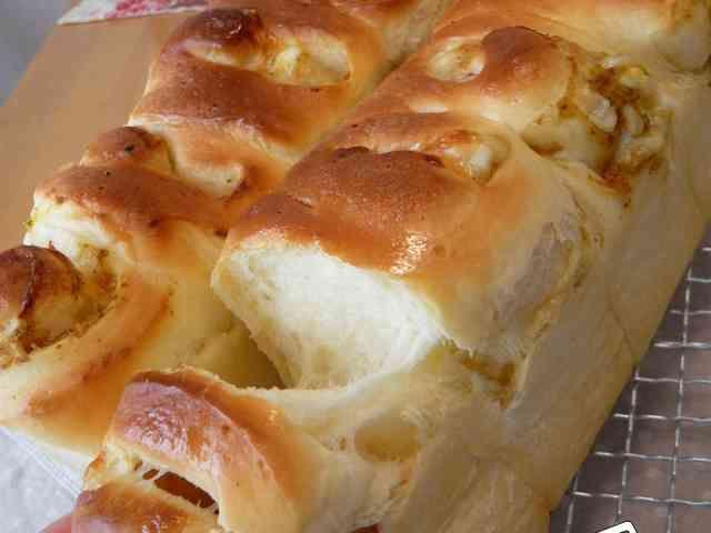 ふっくらもっちり生地のおかずパンの画像