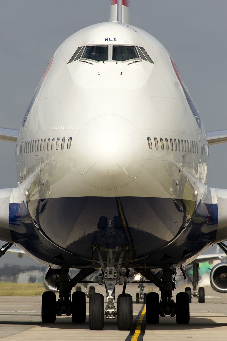 British Airways Boeing 747-400 G-BNLS