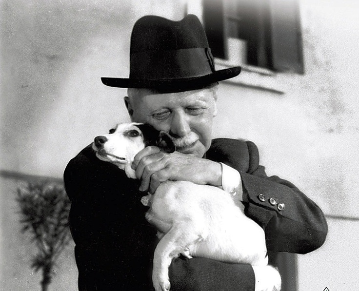 Umberto D. Just finished watching this. BEAUTY in it's sadness
