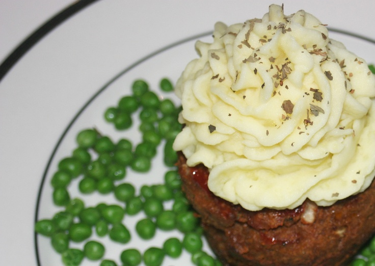 Meatloaf-mashed potato cupcakesFoodies Foodies, Yummy Food, Kids, Eating Meatloaf, Potatoes Cupcakes, Cupcakes Rosa-Choqu, Meatloaf Mashed Potatoes