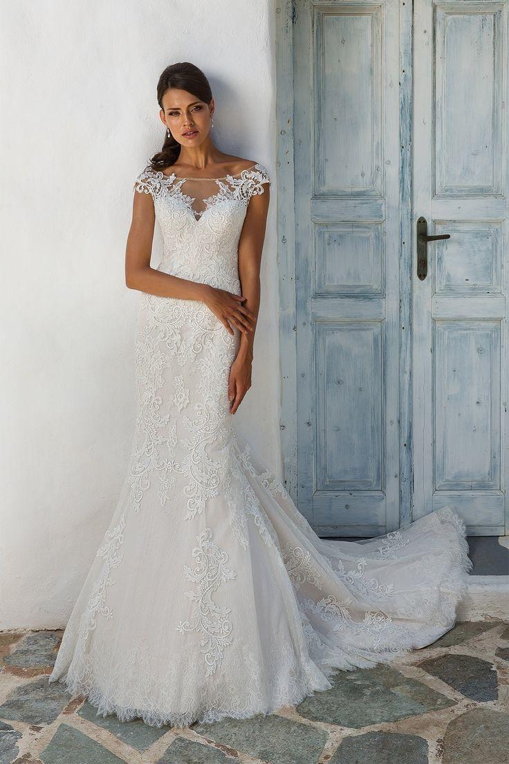 Lace wedding dress open back say yes dress   best Wedding Dresses images on Pinterest  Wedding frocks Short