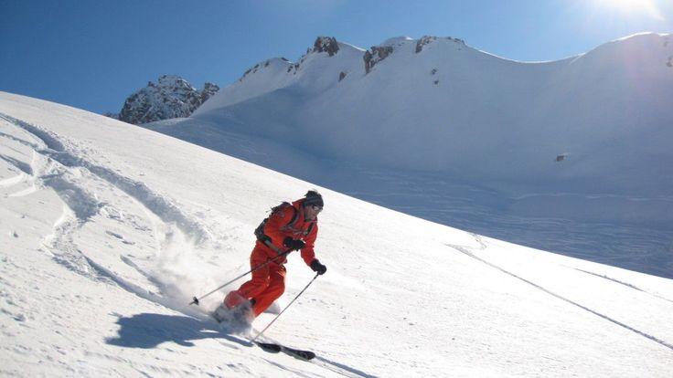 Mountain Guide in powder