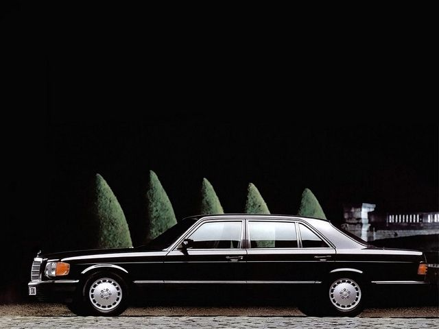 Mercedes-Benz 560SEL (W126) by Auto Clasico, via Flickr