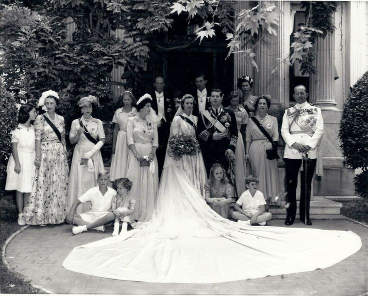 1948 : marriage of King Michael I. of Romania (nee Prince Hohenzollern-Sigmaringen-svabian line) and Queen Anne of Romania (nee Princess of Bourbon-Parma)