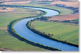 Aerial view over Tailem Bend