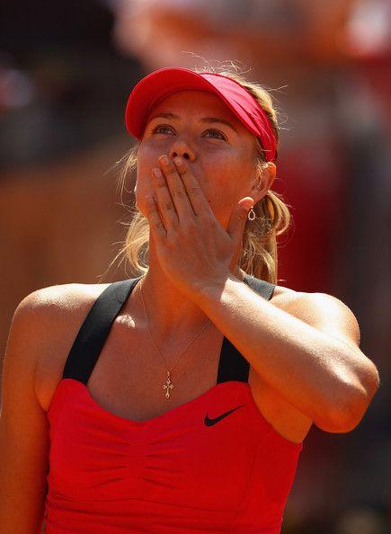 Sharapova si conferma campionessa degli Internazionali BNL d'Italia! Un'inezia ha stabilito questa finale tra grandi campionesse!