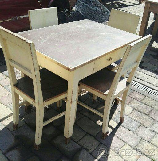Starý jídelní stůl plus 4 židle - 1