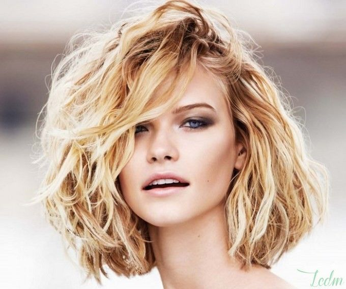 http://www.lescritiquesdemarine.com/wp-content/uploads/2014/05/carre-wavy-blond.jpg
