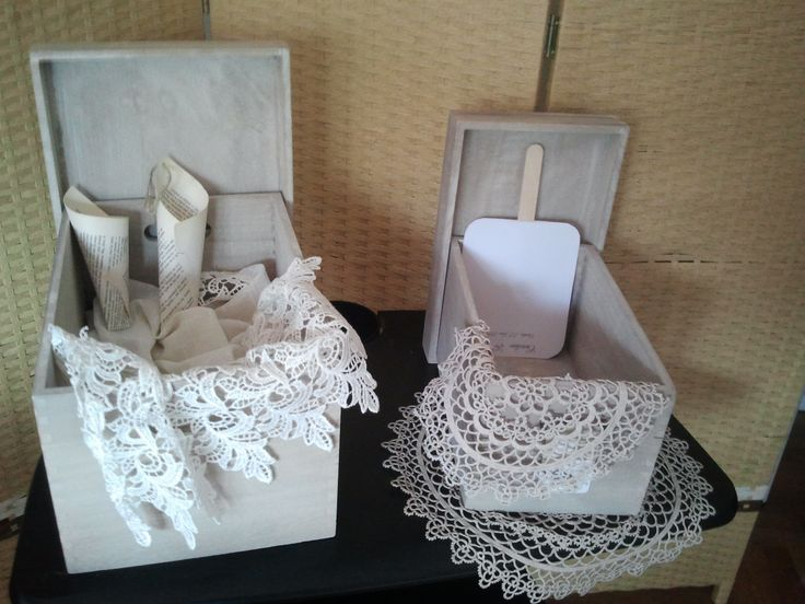 We are preparing our 2013 Tuscan Weddings, boxes and doilies