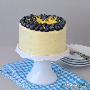 Tort cu lamaie si afine simplu si delicios - simonacallas