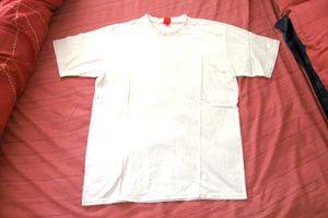 Como quitar las manchas de sudor en la ropa