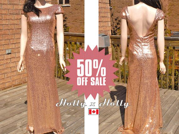 A five-star open back gold bridesmaid dress made of high quality sequin fabric.