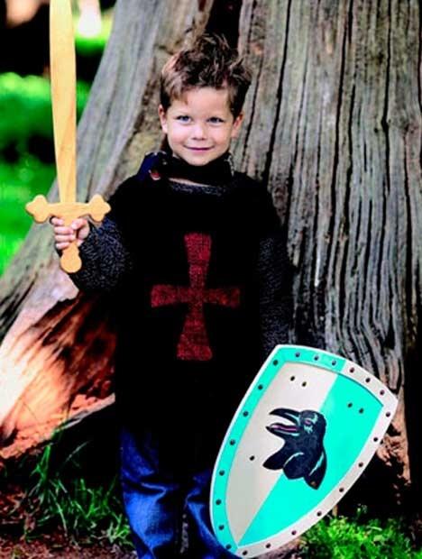 Riddersweater http://www.hendesverden.dk/handarbejde/strik/Strik-til-drengene-i-familien1/