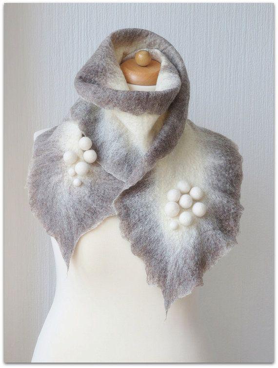 Gris de l'hiver finlandais. Humide chaud gris par WeirdAndWoollen