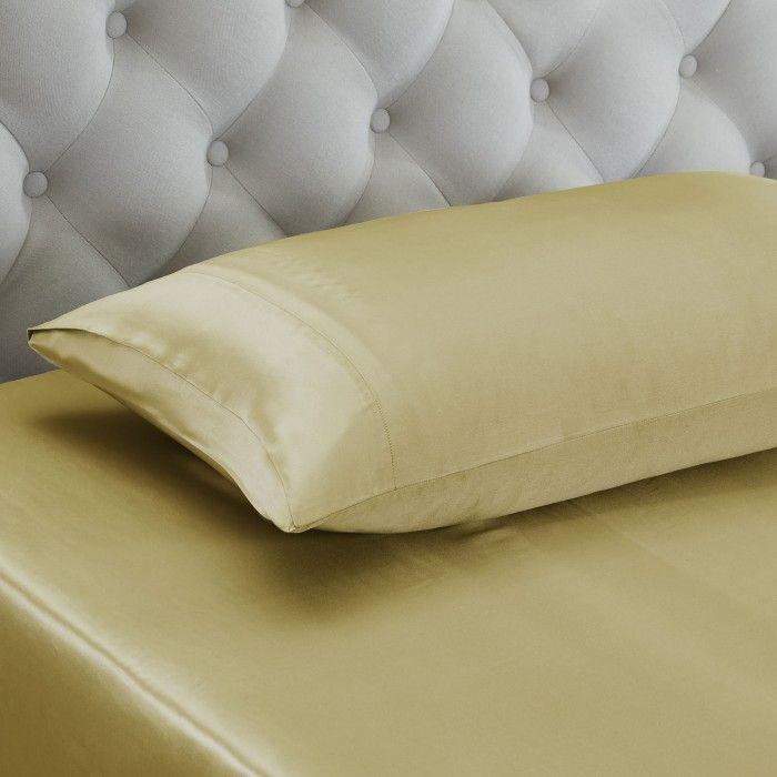 les 25 meilleures id es de la cat gorie oreiller volant sur pinterest housse de coussins. Black Bedroom Furniture Sets. Home Design Ideas