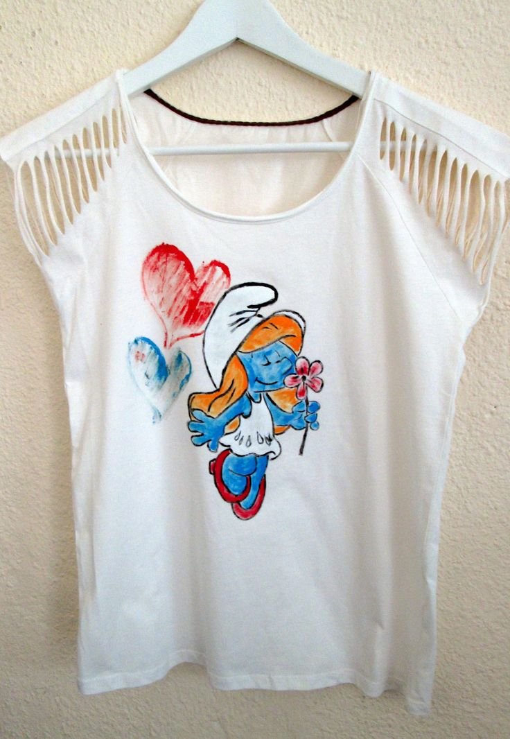Smurfette painted on t-shirt