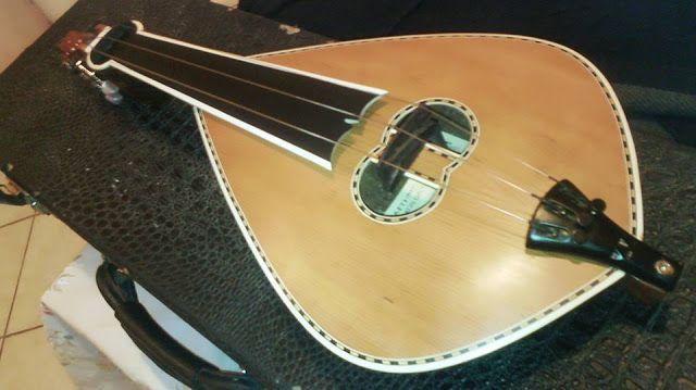 Εργαστηριο Κρητικης Λυρας .....(hand-crafted cretan  musical instruments): ΛΥΡΑ