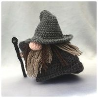 Wizard Gonk - Free clothing and accessory patterns to fit the original Santa Gonk pattern.